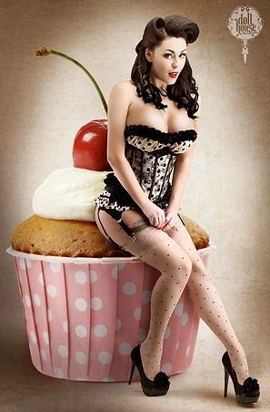 pinup-girl-8